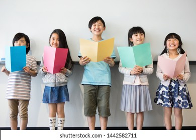 Primary school students who take music class