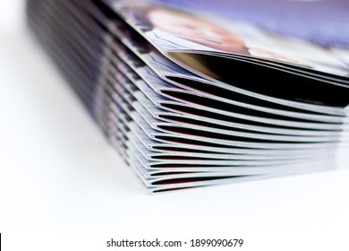 printed brochures with saddle stitching from the printing house