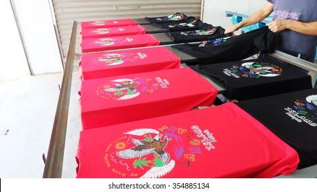 Printing of t shirt Photo taken at t shirt factory out let, at Langkawi Island Resort on 13rd. December 2015