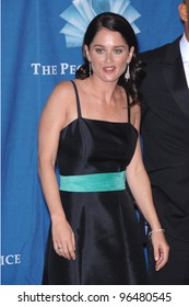 """""""Prison Break"""" star ROBIN TUNNEY at the 2006 People's Choice Awards in Los Angeles. January 10, 2006  Los Angeles, CA  2006 Paul Smith / Featureflash"""