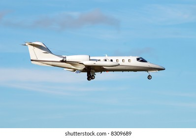 Private jet for luxury travel Learjet 35