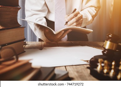 The private office of an Asian young lawyer who is currently working on financial information in private banks. To monitor financial accounts and assist clients.