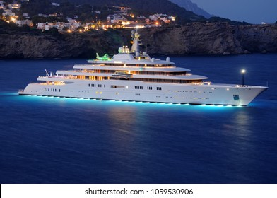 Private white luxury Superyacht Eclipse anchored off the beach. Ibiza, Balearic Islands, Spain. Summer, 05.07.2011
