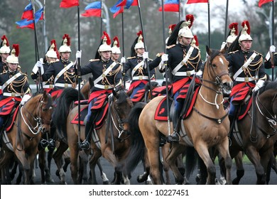 Prix d'Amérique, Vincennes, 2007 la garde republicaine http://www.prix-amerique.com/ http://www.pbase.com/isogood/prix_amerique_2007&page=all