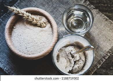 Process of feeding rye starter for bread products