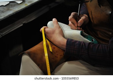 process of manufacturing leather shoes