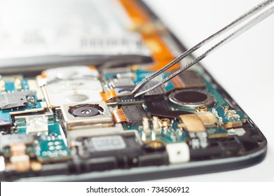 A process of mobile phone repairing and other gadgets