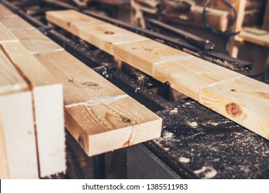 Production line for manual splicing of boards from treated and glued bar - sawmill - production of glued laminated timber