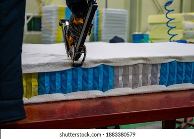 Production of modern spring mattresses Pocket independent 9 different zones. with Air gun for shooting spring mattress