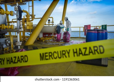 production operator operate mercury hazard waste disposal at oil and gas process, oil and rig plant, offshore oil and gas industry.
