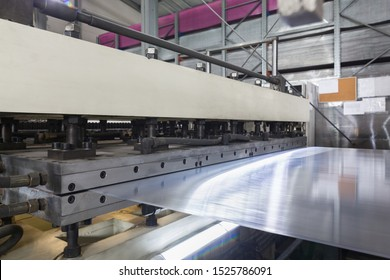 Production process plastic polycarbonate hollow sheet extrusion die with sheet line