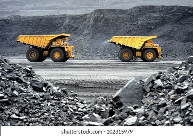 Production useful minerals. the dump truck