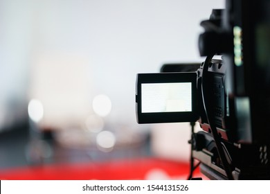 Professional equipment for shooting and broadcasting video. Electronics and television broadcasting devices. Video shooting in the studio. Soft focus.