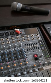 Professional microphone and line mixer with effects and selective focus