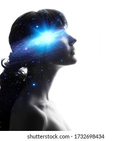 Profile of a woman with the galaxy as a brain. The scientific concept. Dreamer, creative mind concept. galaxy in head, complex human consciousness and psychology, inner space