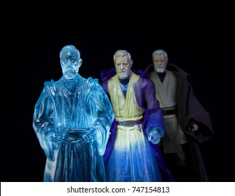 Progression of Force Ghost for Jedi Master Obi Wan Kenobi, using Hasbro Black Series action figures