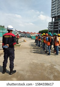 Project workers in the Surabaya area of Darmo, were given an explanation of work safety (surabaya, december 6th 2019)