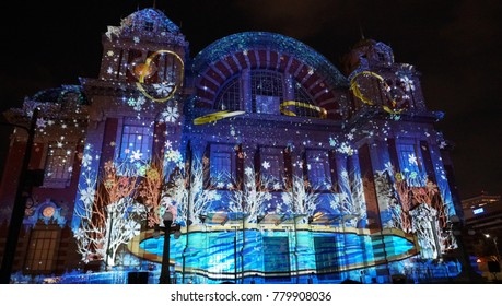Projection mapping at Osaka city central public hall (Japan)