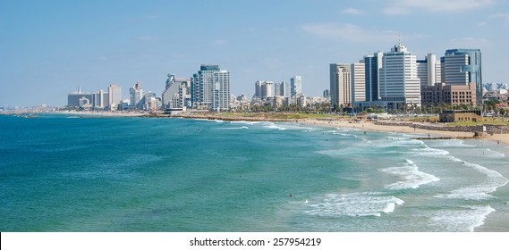 Promenade and beach in Tel Aviv