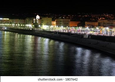 promenade des anglais by night
