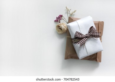 prop, dry flower, bouquet, gift, gift box, event, decoration, accessories, event