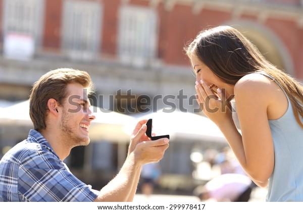 naimisissa mies dating tyttö