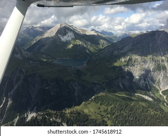 In a proppeler plane across the austrian mountains August 2016