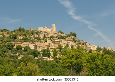 Provencal village of Lacoste with castle of Marquis de Sade on top of the hill