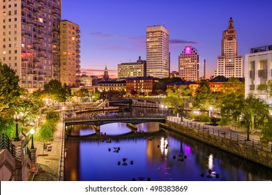 Providence, Rhode Island, USA park and skyline.