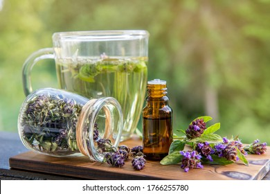 Prunella vulgaris (known as common self-heal, heal-all, woundwort, heart-of-the-earth, carpenter's herb, brownwort and blue curls herbal tea with dry and fresh herb and infusion.