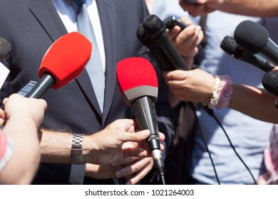 Public relations - PR. Media interview. News conference.