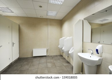 Public toilet / Urinals