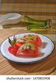 Puding buah kiwi or kiwi fruit pudding