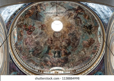 Puebla, Pue. / México - ca. 2014: Dome located at the Puebla Cathedral. Was painted by Cristobal de Villalpando and it represents the Assumption of the Virgin.