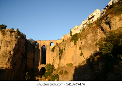 Puente Nuevo (Nuevo Bridge) in the evening, Ronda, Andalusia, Spain