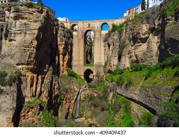 Puente Nuevo Bridge over the Tajo Gorge in Ronda (one of the famous white villages), Spain