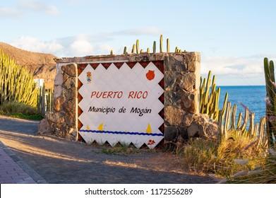 Puerto Rico, Gran Canaria,Spain 6 January, 2018. Sign for Puerto rico holliday village in Gran Canaria, Spain.