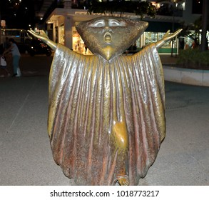 """Puerto Vallarta, Jalisco/Mexico - February 2, 2018:  """"Mother in Search of Reason"""" statue on the Malecon Boardwalk"""