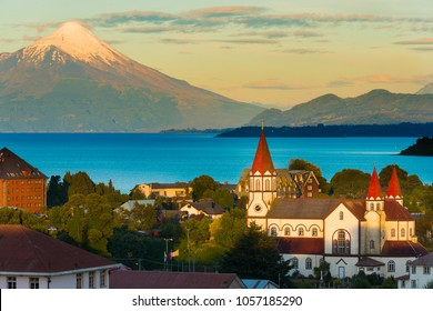 Puerto Varas at the shores of Lake Llanquihue with Osorno Volcano in the back, X Region de Los Lagos, Chile