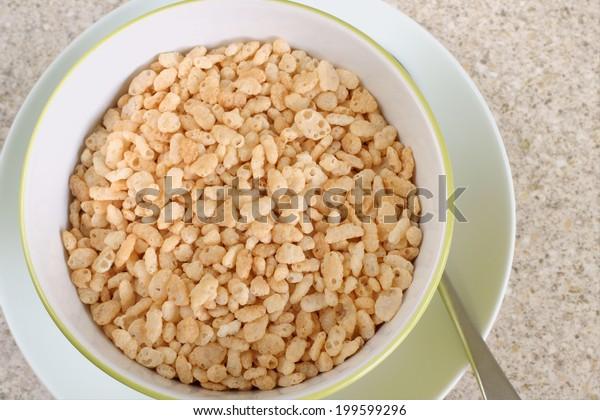 Puffed crispy rice cereal