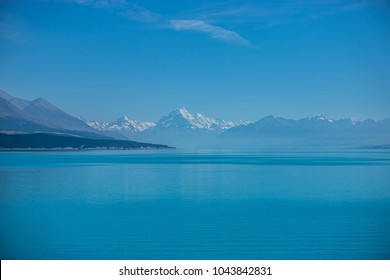 pukaki lake with mount cook in the background, couth island, new zealand