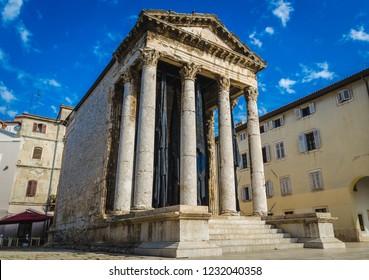 Pula Croatia, Istria Peninsula 17.09.2018  Temple of Augustus. Arch of the Sergii. Pula Communal Palace
