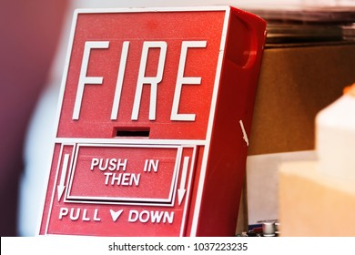 pull station, notification emergency equipment for fire alarm system