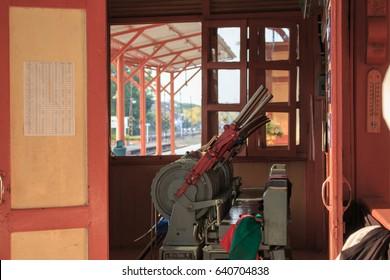 Pulling machine Old railway station