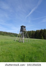 pulpit hidden hunter place  on field