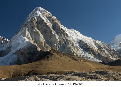 Pumori (7161m) seen from the way to the Kala Patthar peak (c. 5640m), which is one of the best view points in the Everest Region. Everest Base Camp Trek, Nepal.