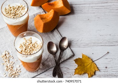 Pumpkin smoothies with yoghurt and oatmeal. pumpkin puree. Healthy food.