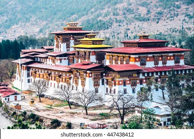 Punakha Dzong housed the government agencies of Punakha district and a monastery.