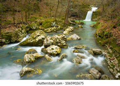 Punchbowl Falls and stream in Ozark Mountains