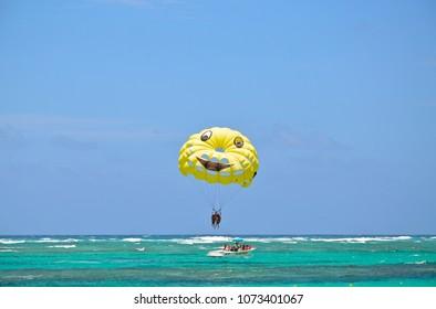 Punta Cana parasailing